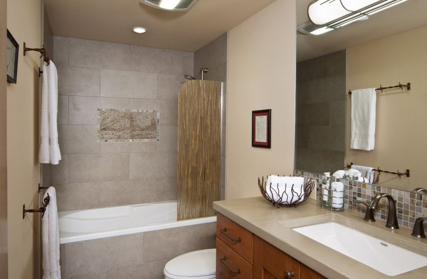 Stark Builders Inc – Bathroom Remodel